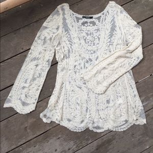 Anthropologie ( Dulcie ) lace cropped top